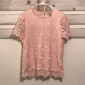 Pink lace blouse with liner